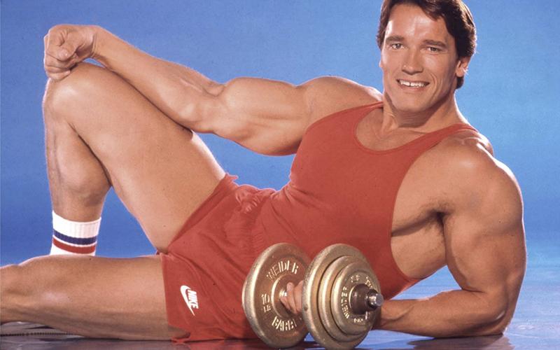 Arnold schwarzenegger arm training hilarious