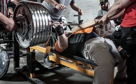 5 Reasons Why Your Bench Press Sucks Muscle Strength