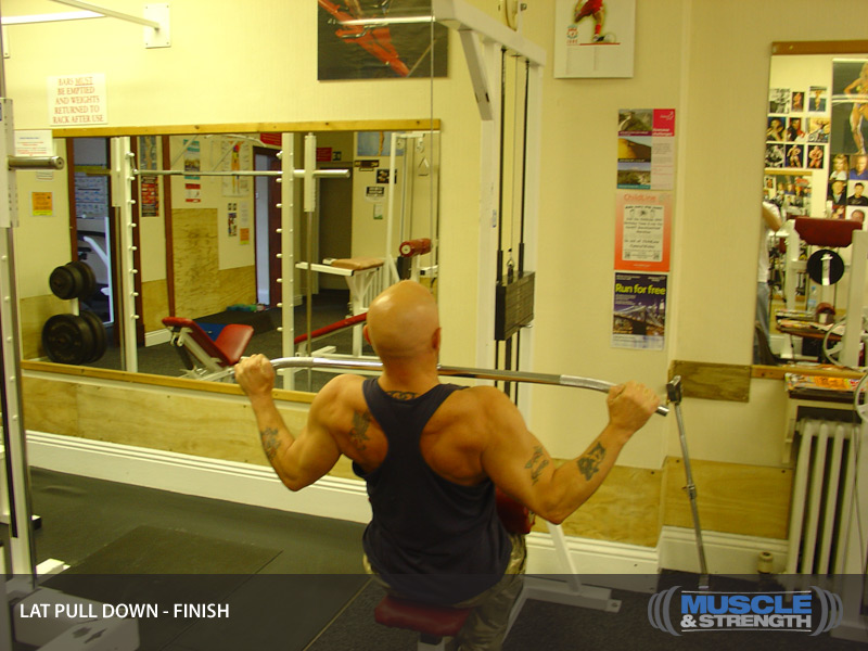 Lat Pull Down Video Exercise Guide Amp Tips Muscle Amp Strength