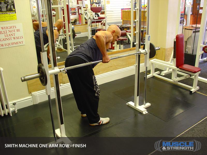 single arm smith machine row