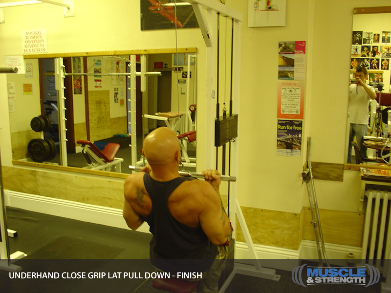 Underhand Close Grip Lat Pull Down Video Exercise Guide Amp Tips Muscle Amp Strength