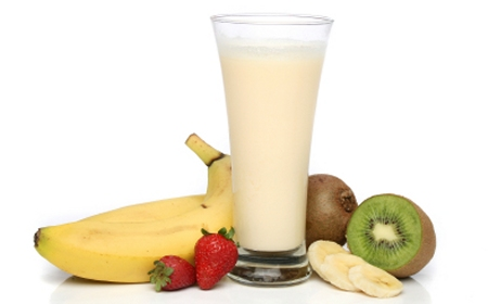 Almond and Banana Breakfast Drink