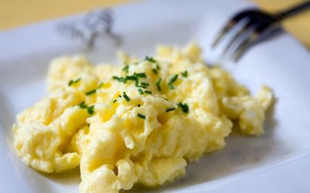 Scrambled Eggs With Cheese Recipe