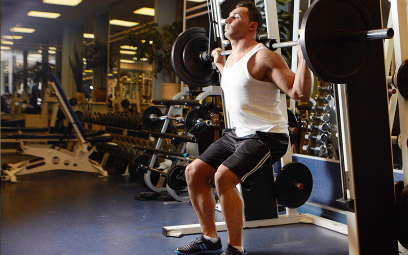9 Workout Mistakes That Limit Muscle Growth: Shortchanging Form