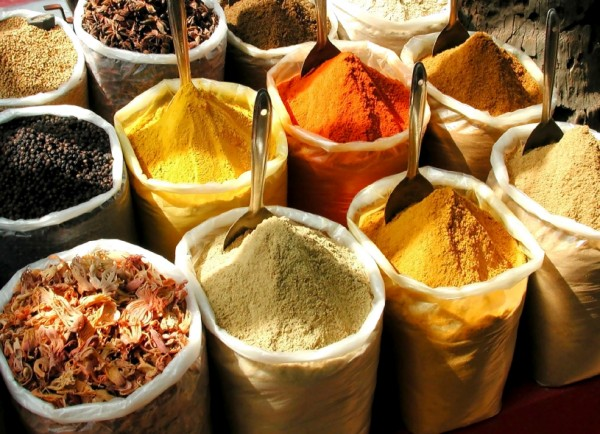 Spices and spice mixes