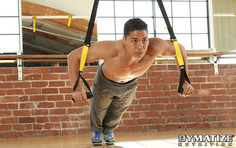 5 Best Chest Exercises Without Equipment - TRX Push