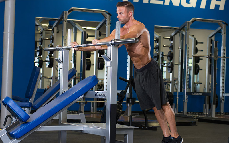 5 Best Bodyweight Triceps Exercises - Rack Press