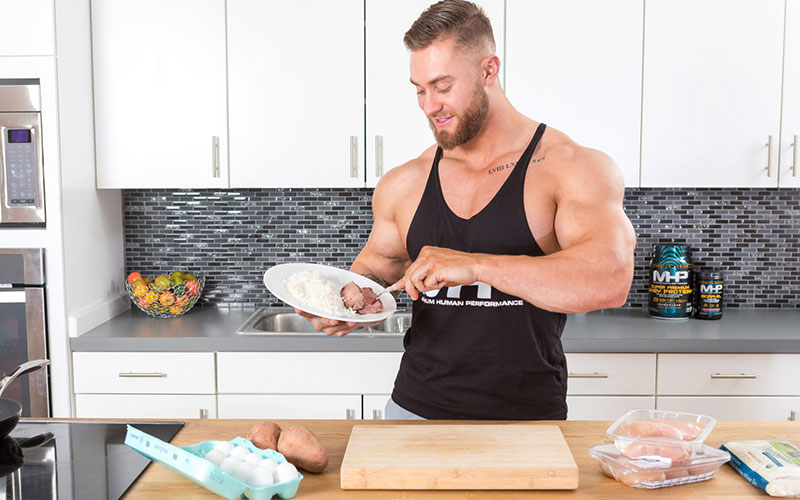 MHP Athlete Chris Bumstead Eating Protein and Carbs