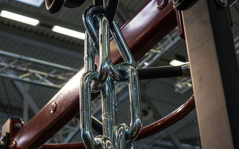 Chains loaded on a bar
