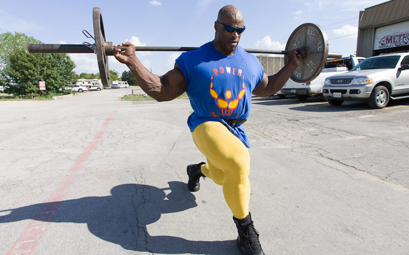 Ronnie Coleman Walking Lunge