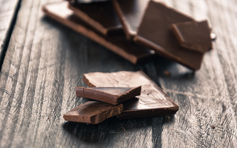 Many Benefits to eating dark chocolate