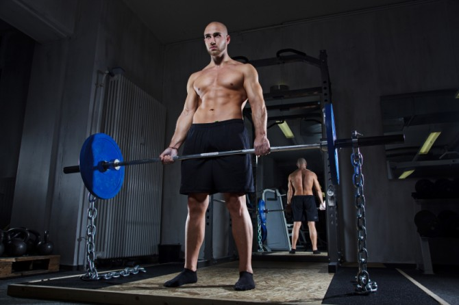 Deadlifting with Chains