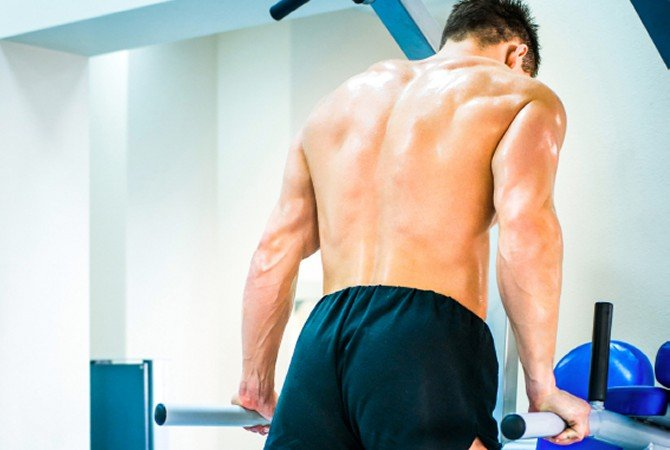dips vs close grip bench press which builds better triceps