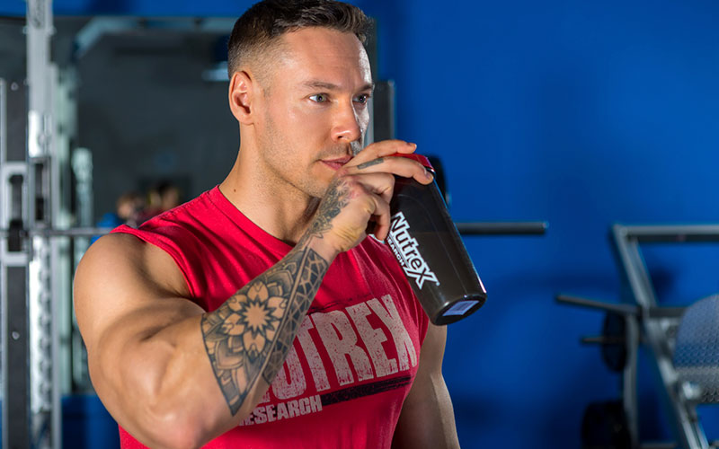 Anton Drinking Protein while Bulking
