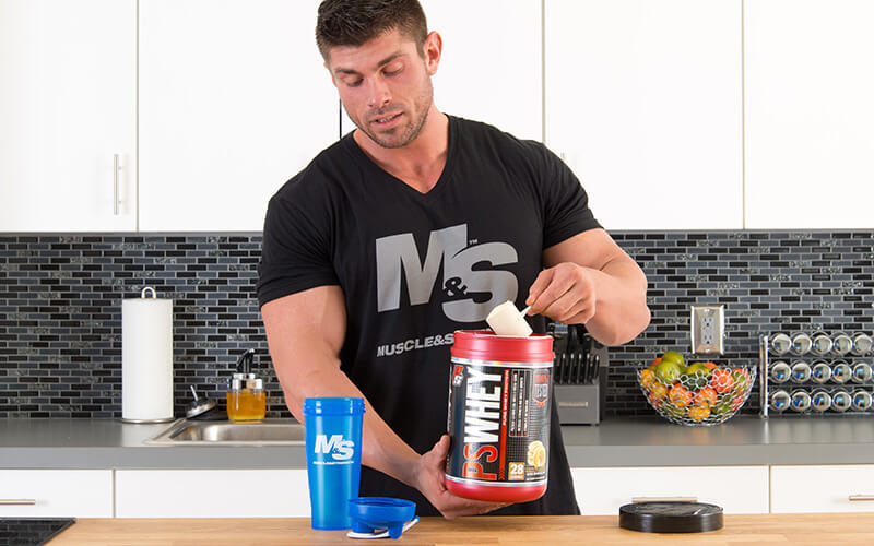 M&S Athlete Promoting muscle growth by drinking Prosupps Whey Protein
