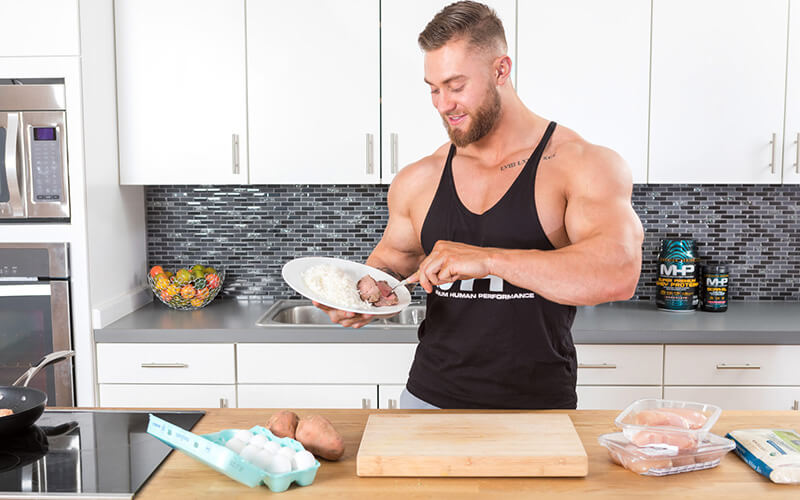 MHP Athlete Chris Bumstead prefers High Carb Meals