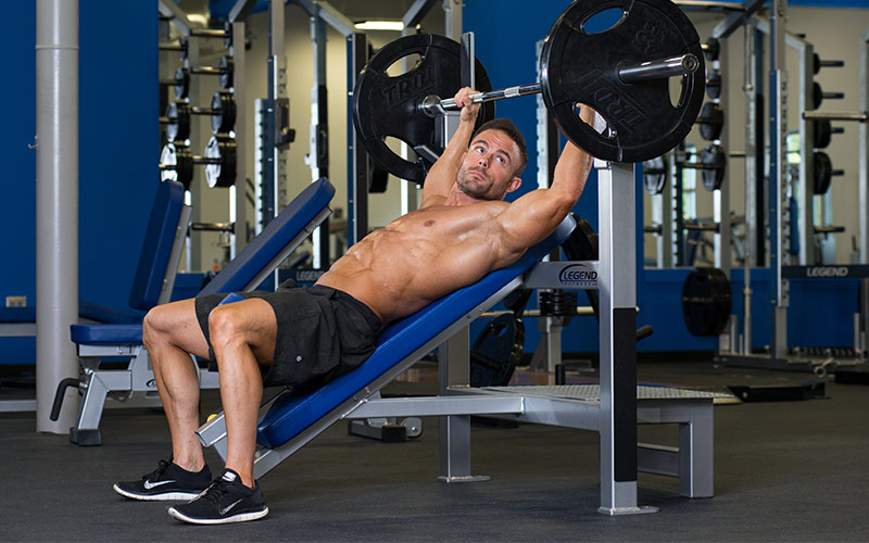 From Cutting to Bulking: Train with  bigger, compound lifts