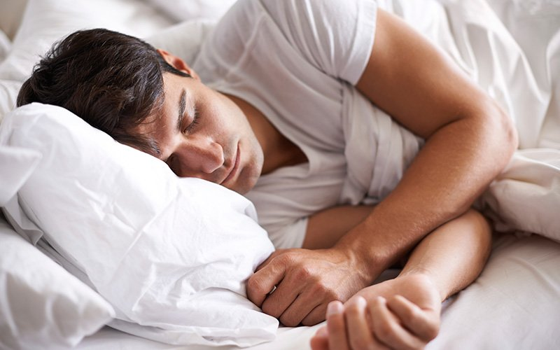 5 Facts Every Hardgainer Should Know About Protein: Protein improves sleep