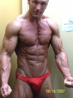 Massive Bodybuilder Tommy Jeffers