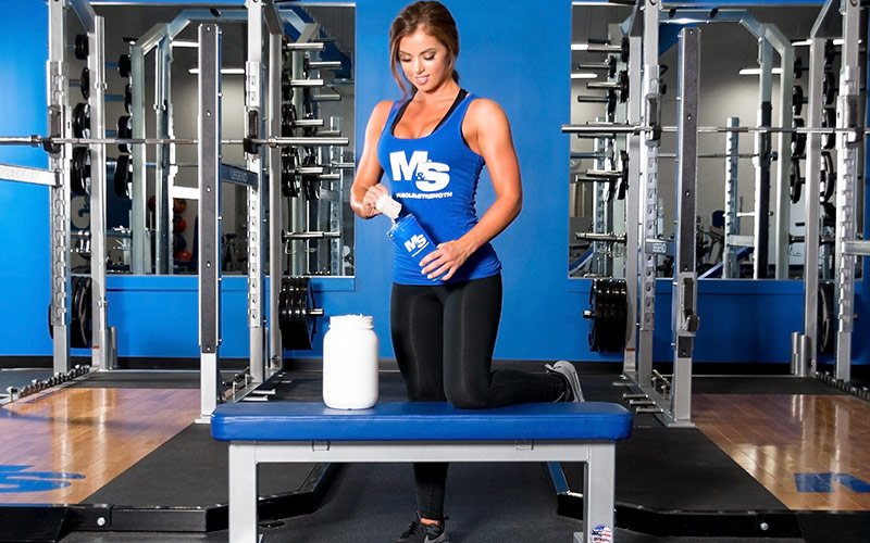 Intraworkout Nutrition Girl Pouring Protein