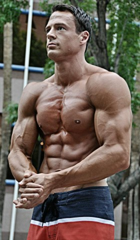 Living Lean: How To Stay Ripped And Make Gains 24-7-365