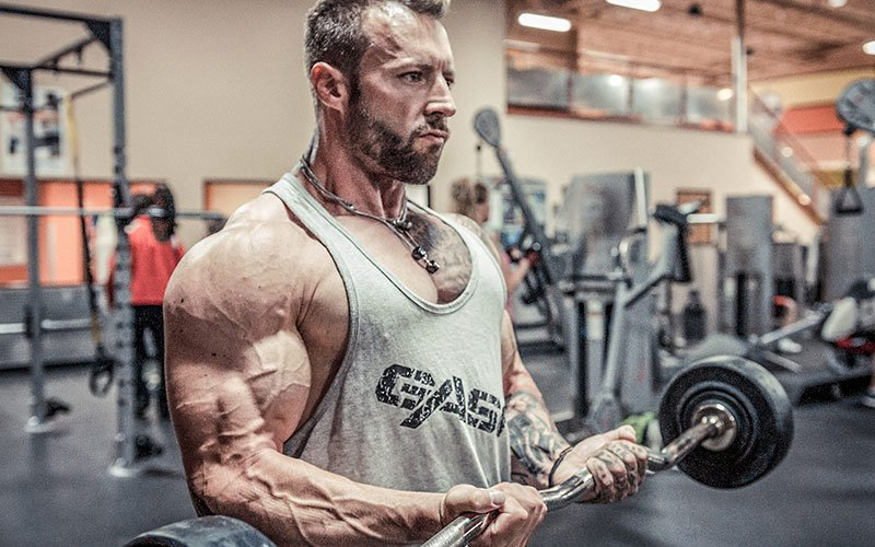 Kris Gethin Supersetting for a Bicep Pump