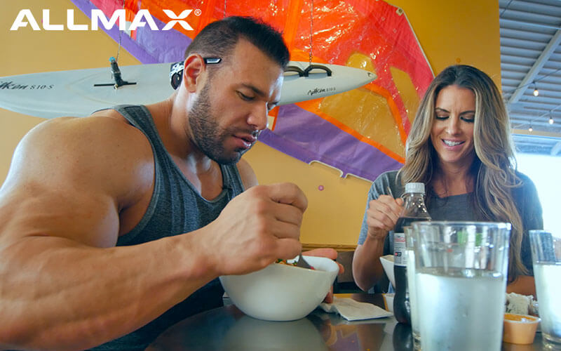 Allmax Athletes Steve and Amanda Eating on The Go