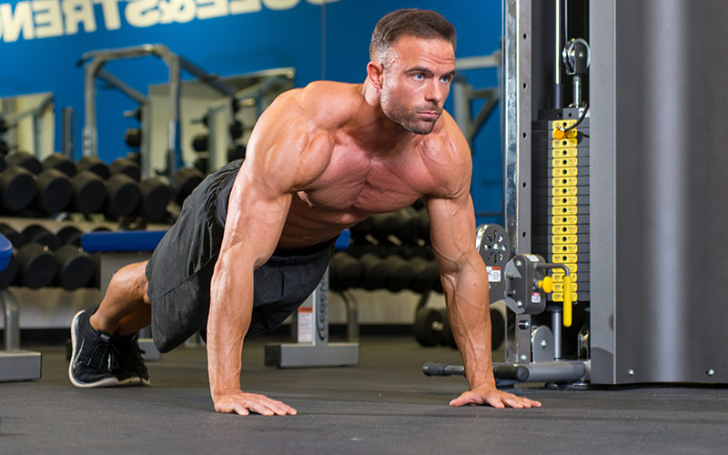 10 Lifting Mistakes: Not Warming Up