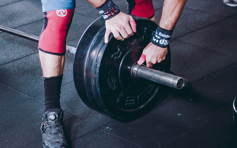 How to Grow Muscle While Powerlifting