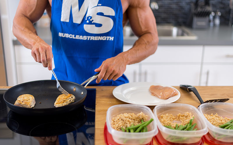 M&S Male Meal Prepping a Bodybuilding Diet