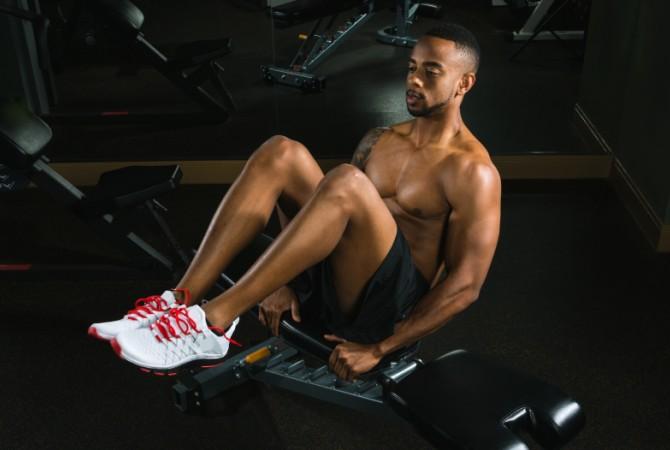 Abdominal knee raise
