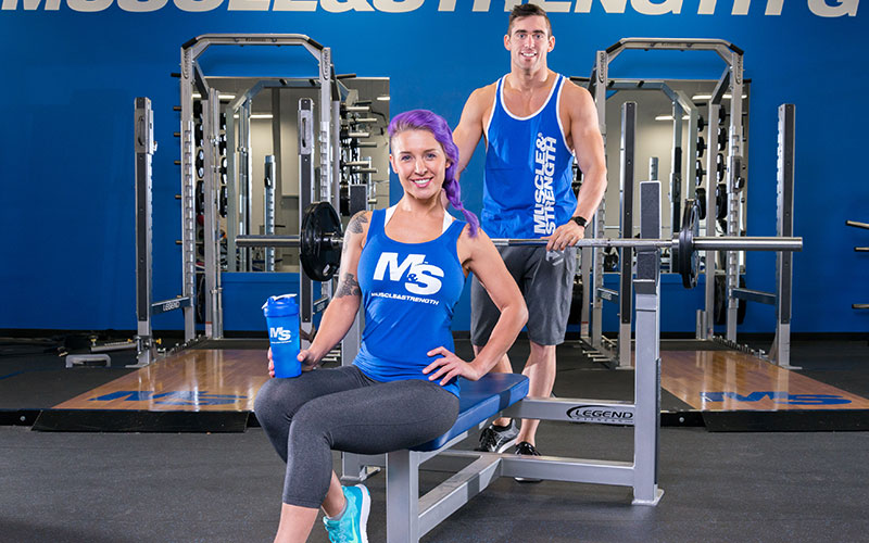 Dymatize Athletes Helping Each other with their New Years Resolution