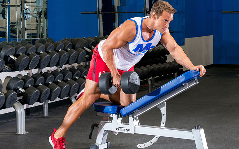 Build a Big and Thick Back Performing Rows
