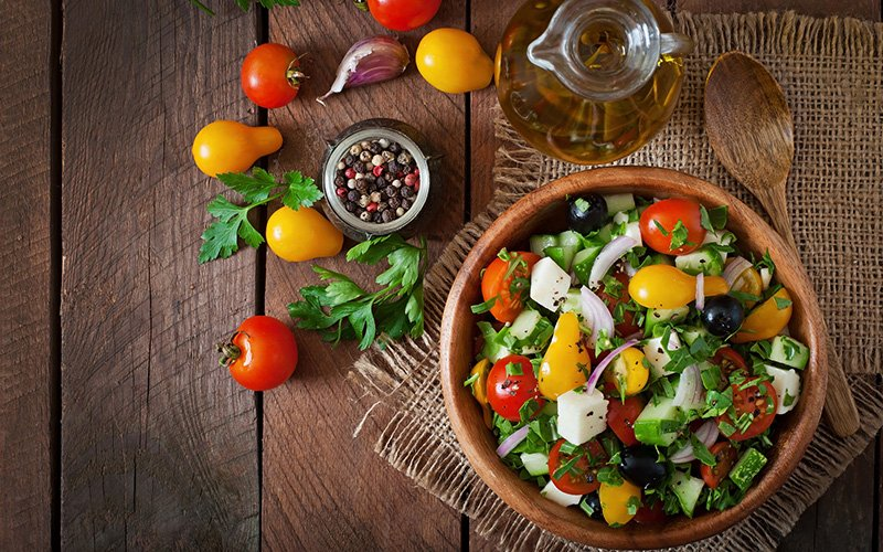 Salads and oil as part of the Mediterranean Diet