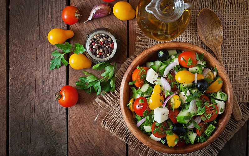 Salad that is part of the clean eating diet plan