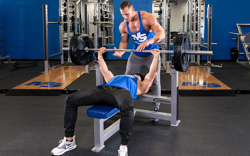 Teen Guide Bench Press With Spotter