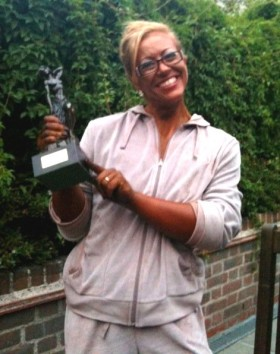 Fiona Mackenzie with trophy.
