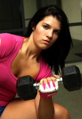 Kristen Adamson performing concentration curls.