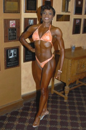 Nakia Dunigan fitness competitor