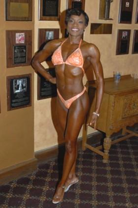 Nakia Dunigan fitness competitor