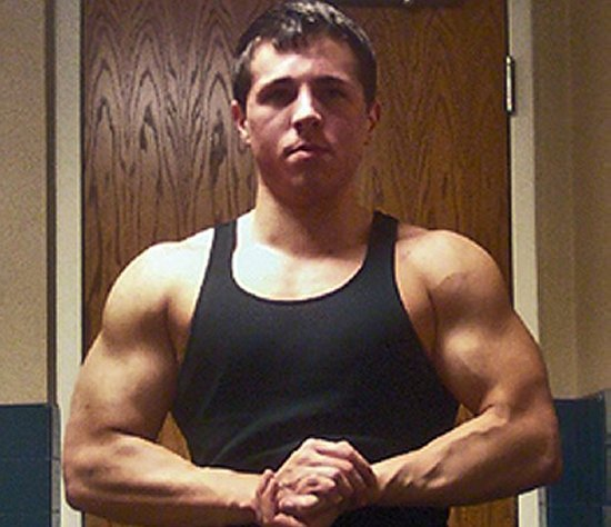 Steven Mott Massive Natural Bodybuilder