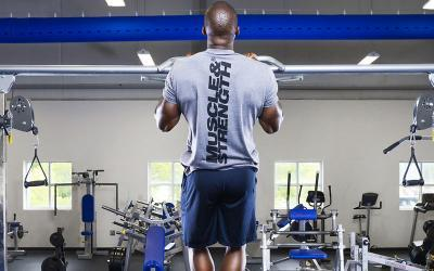 5 Core Exercises That Will Make You Better at Pull Ups