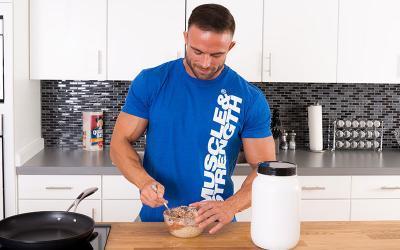 7 Muscle Building Bedtime Meals & Snacks