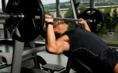 Which Is Better For Chest: Incline Or Flat Bench?