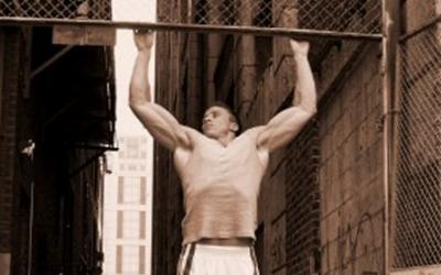 How Chin-Ups/Pull-Ups Can Help Your Bench Press