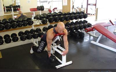One Arm Prone Hammer Dumbbell Curl