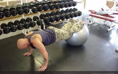 Exercise Ball Leg Tuck
