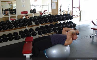 Weighted Exercise Ball Sit Up