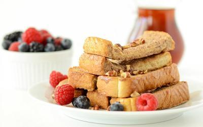 Snickerdoodle Pecan Protein French Toast Sticks