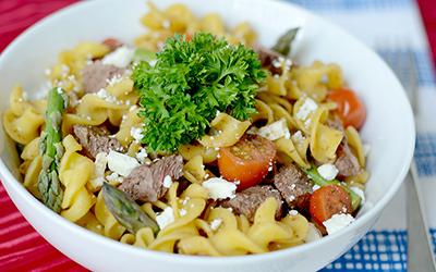 High Protein Balsamic Steak & Pasta Salad Recipe